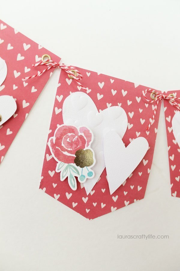 January Heart Banner - We R Memory Keepers banner punch board