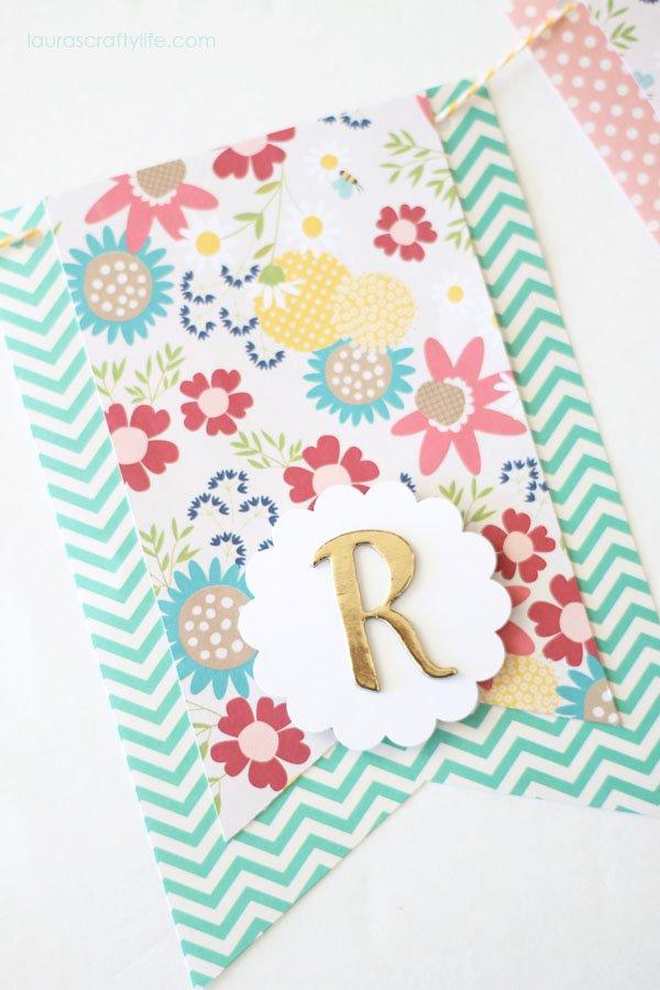 Letter 'R' for spring banner