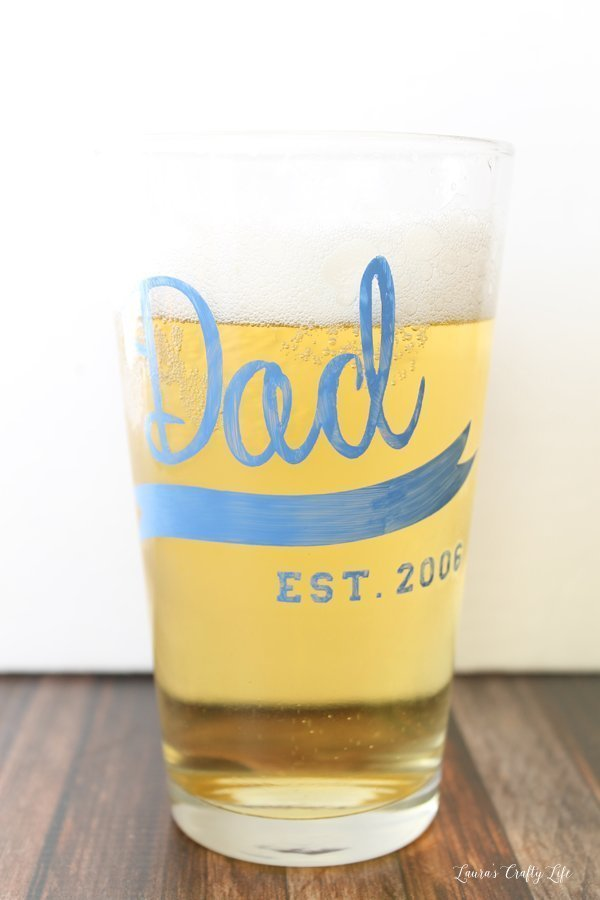 Paint a pint glass to celebrate your special guy becoming a dad