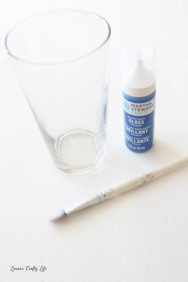 Supplies to paint pint glass