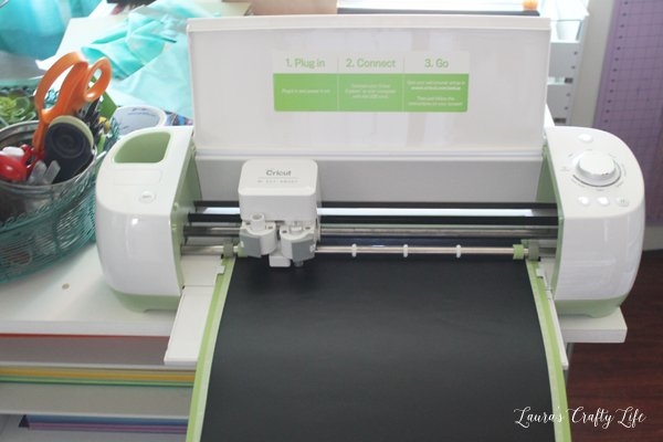 Use Cricut Explore to cut a vinyl stencil