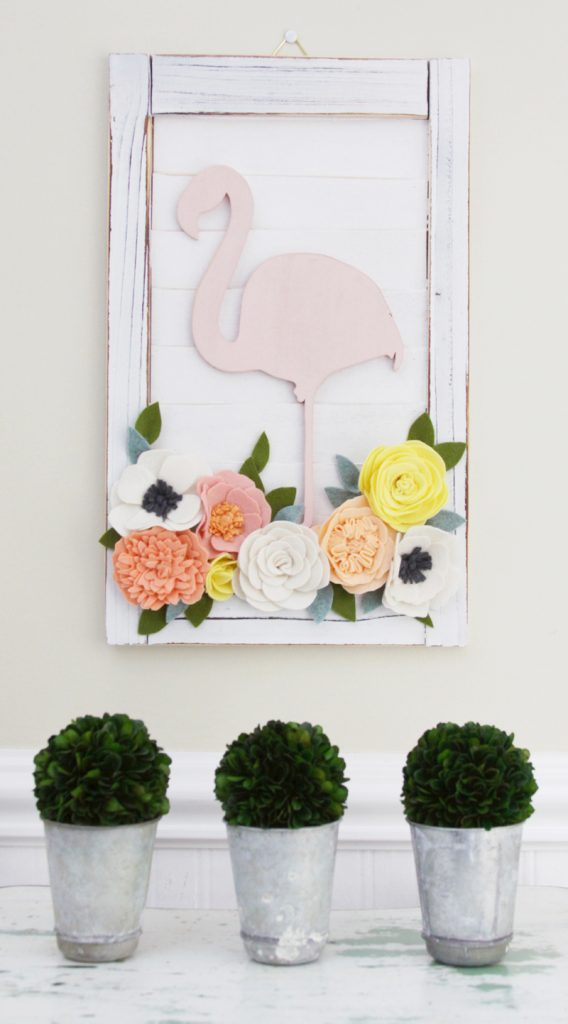 Flamingo-and-Flowers-Decorative-Shutter