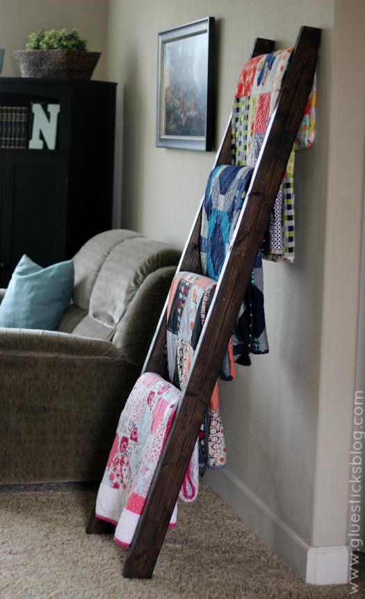 DIY-quilt-ladder