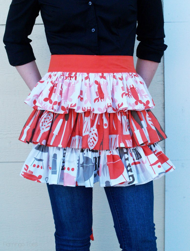 Summer-Ruffled-Apron