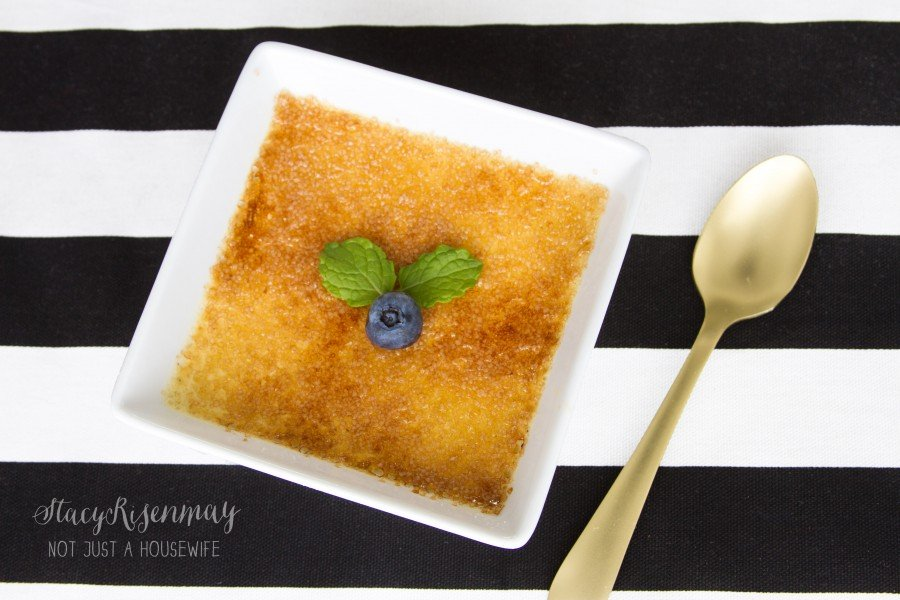 recipe-for-easy-creme-brulee-900x600