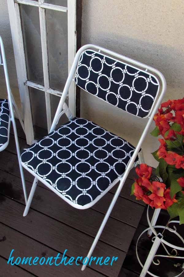 folding-chair-makeover-blue-and-white-completed-chair