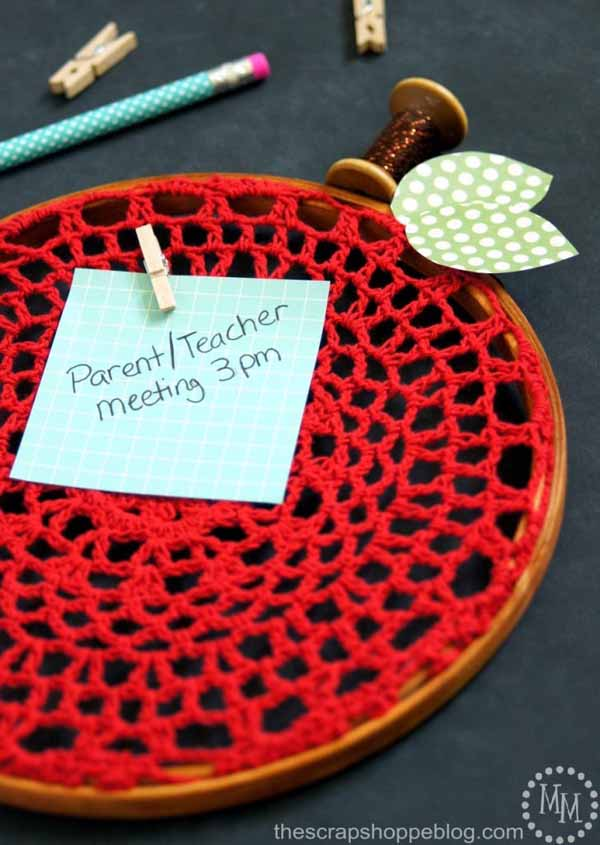 teacher-apple-embroidery-hoop-727x1024