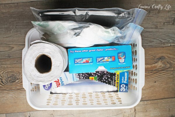 basket-with-ziploc-bags-trash-bags-and-paper-towels