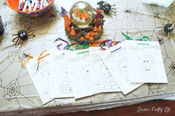 color-your-own-treat-bag