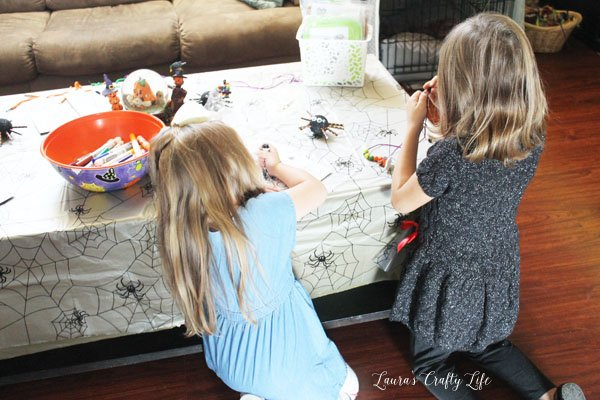 crafting-halloween-playdate