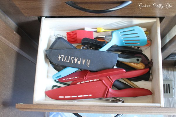 kitchen-utensil-drawer