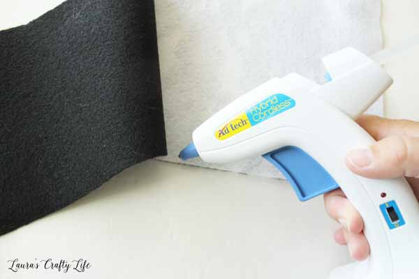 use-a-glue-gun-to-glue-a-pocket-on-the-back