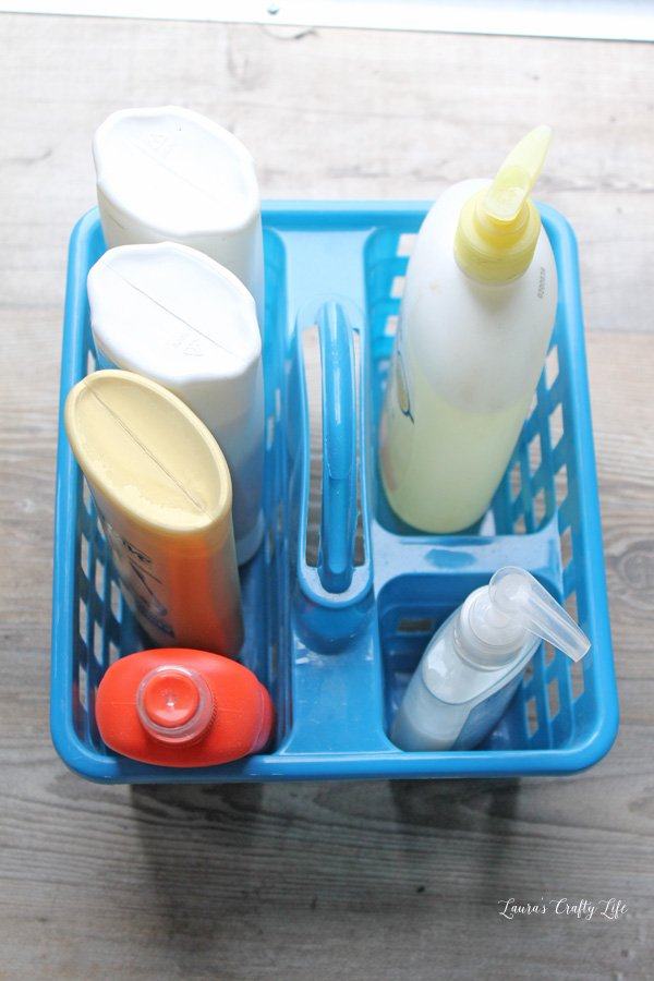 use-plastic-tote-to-keep-shower-supplies-together