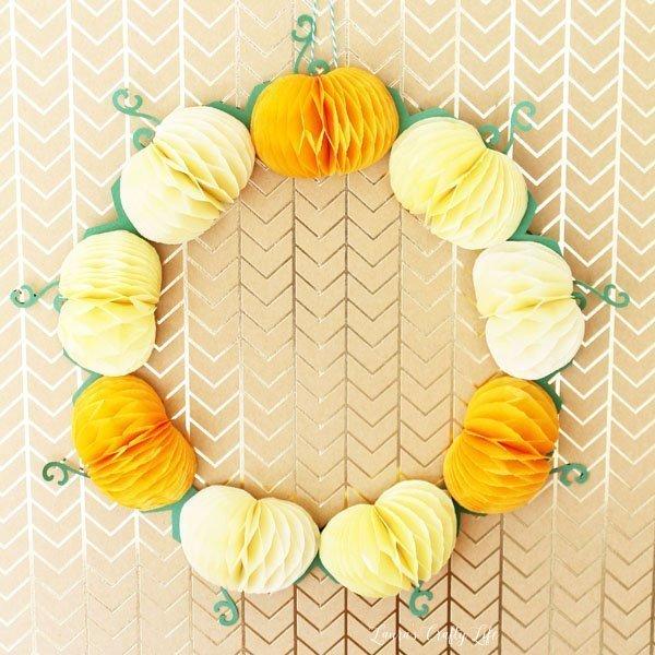 fall-pumpkin-wreath