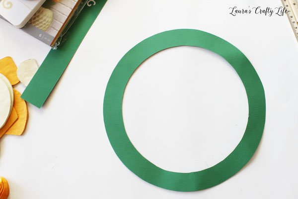 paper wreath form