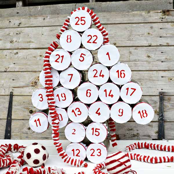http://www.laurascraftylife.com/wp-content/uploads/2016/11/tin-cans-upcycled-advent-calendar-gk3-s.jpg