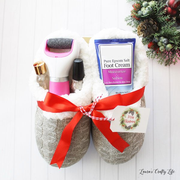 foot-spa-gift-basket-use-slippers-as-the-basket