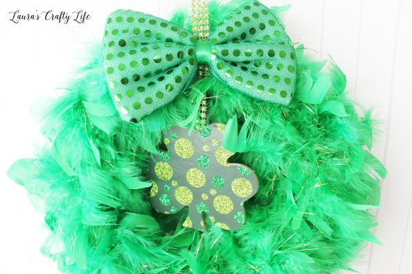 details of St. Patrick's Day wreath