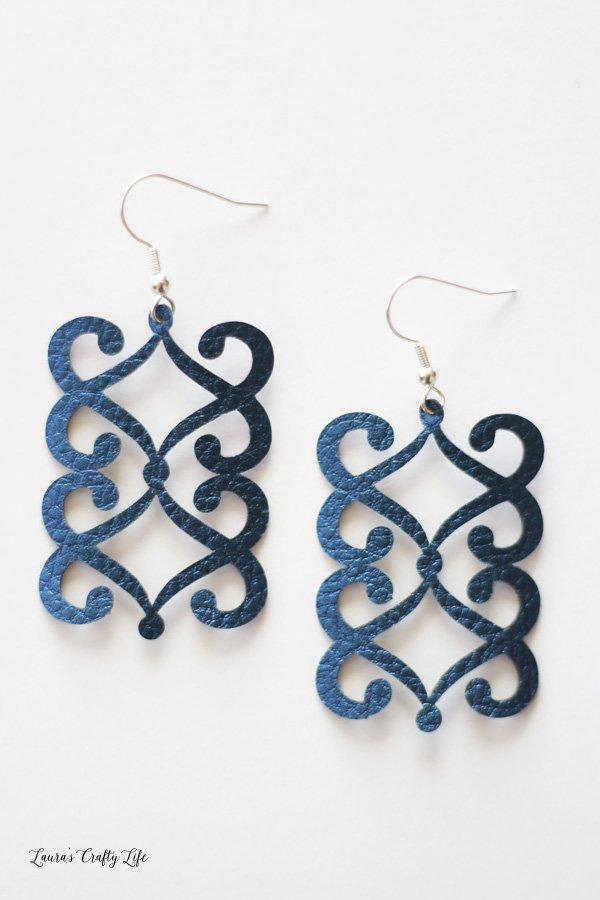 Intricute cut leather earrings DIY