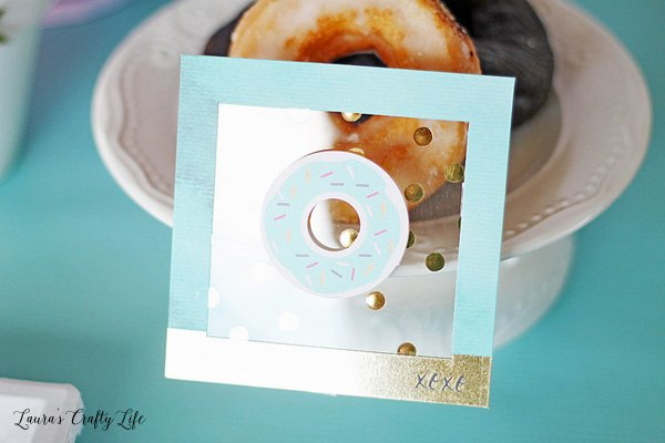 Donut sign for party table