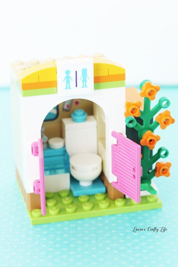 LEGO Friends Heartlake Summer Pool bathroom