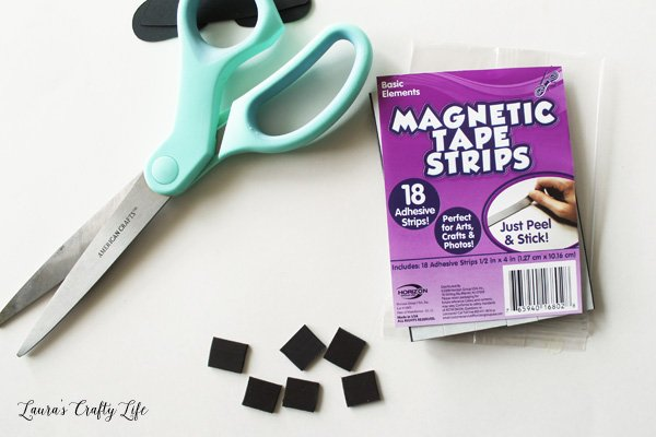 Magnetic tape strips