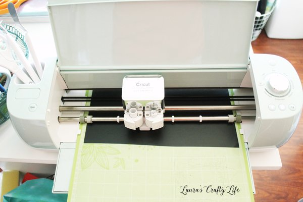 Use Cricut Explore to cut out vinyl