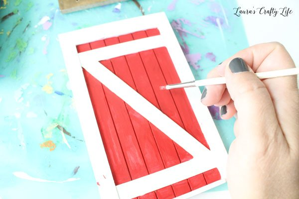 Paint elf door red and white