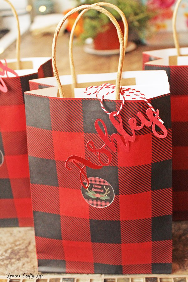 Personalized names on favor bags