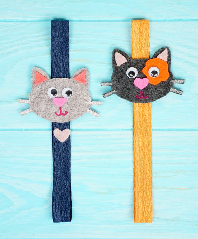 Felt Cat Bookmarks