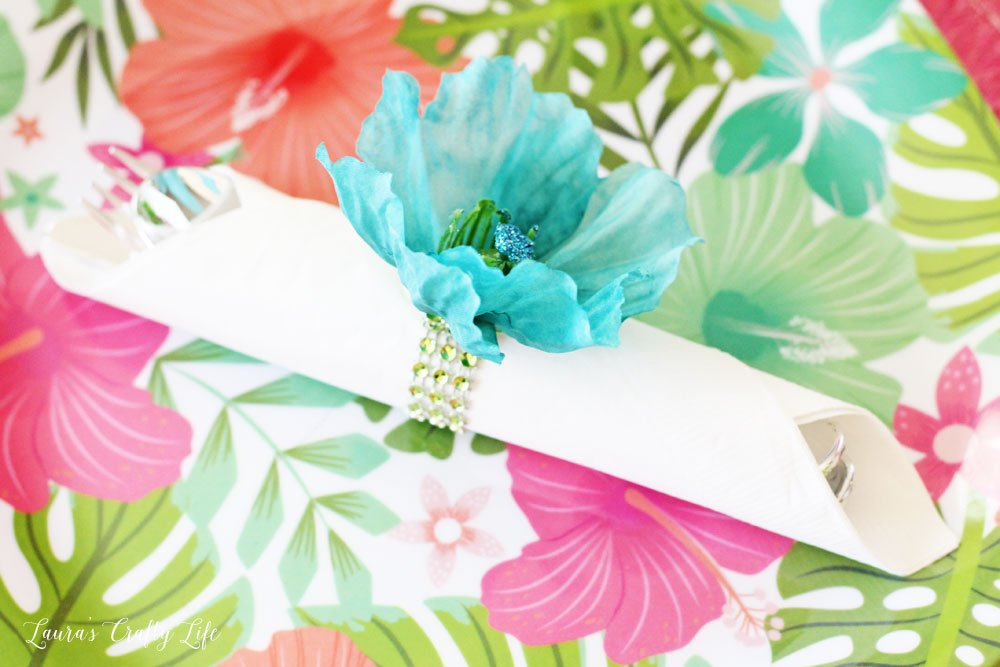 Flower napkin ring DIY - Dollar Tree