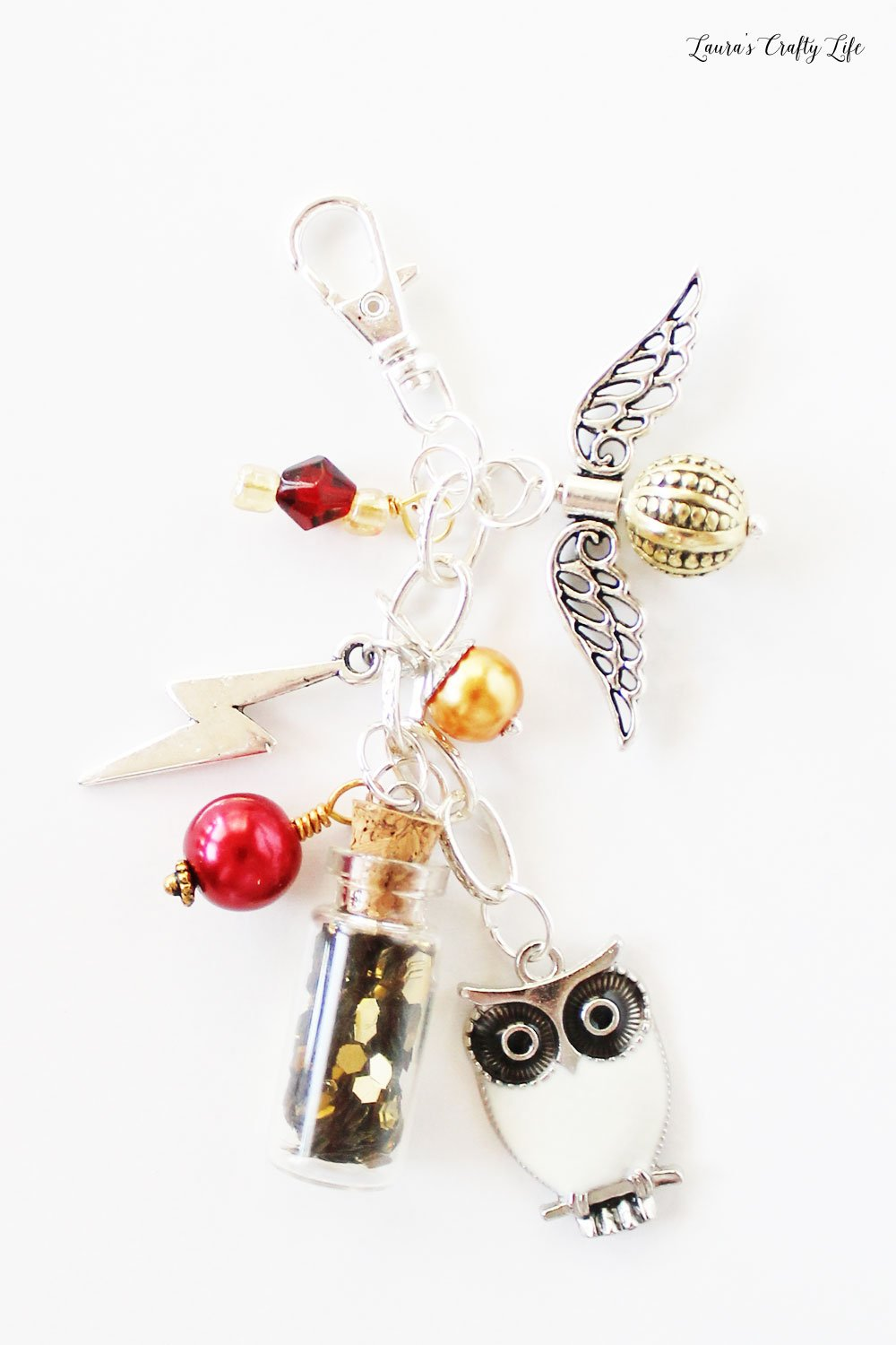 How to create a DIY Harry Potter planner charm #harrypotter #plannercharm #laurascraftylife