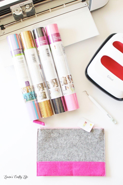 Supplies for unicorn makeup bag