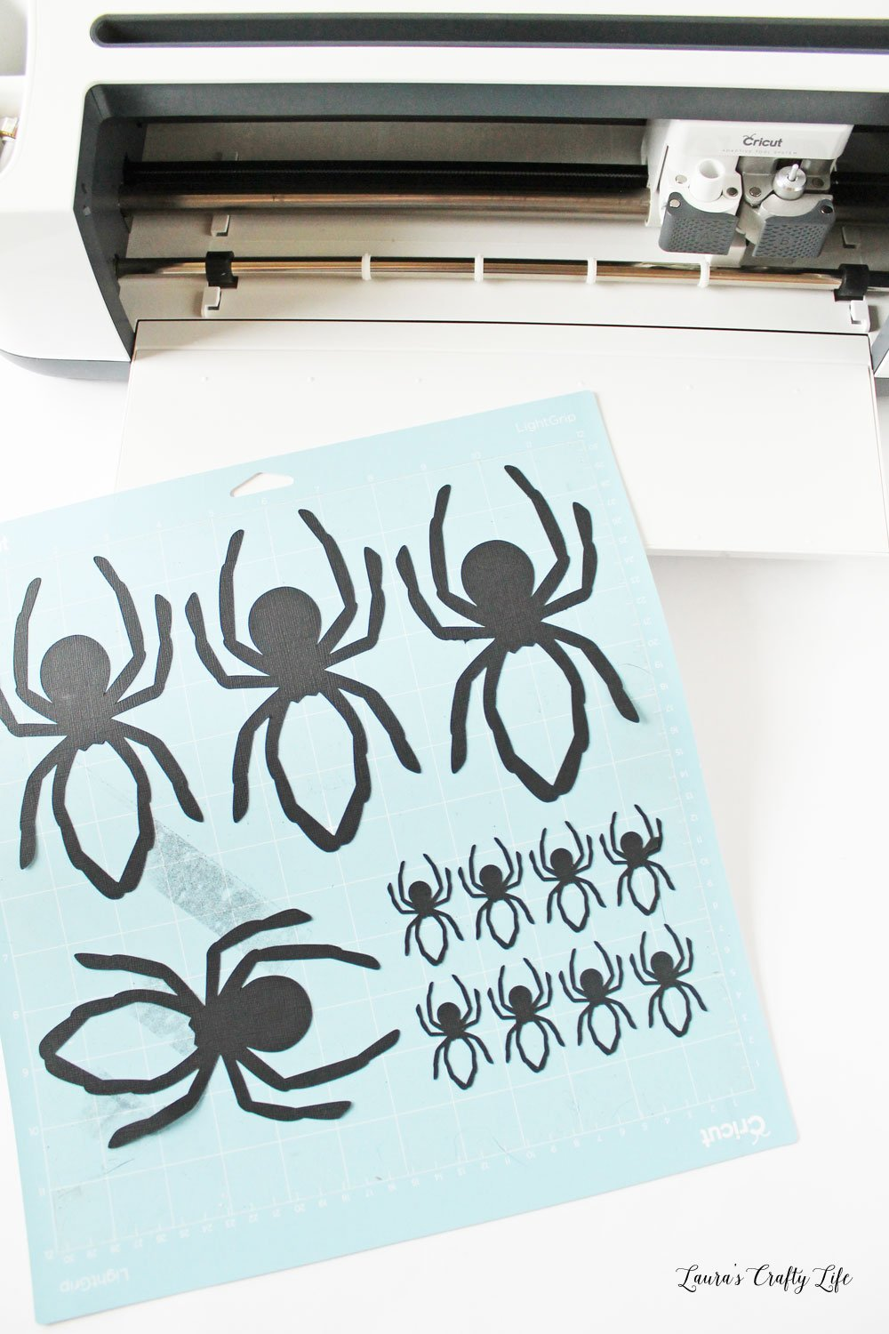 Cardstock spiders made with Cricut Maker