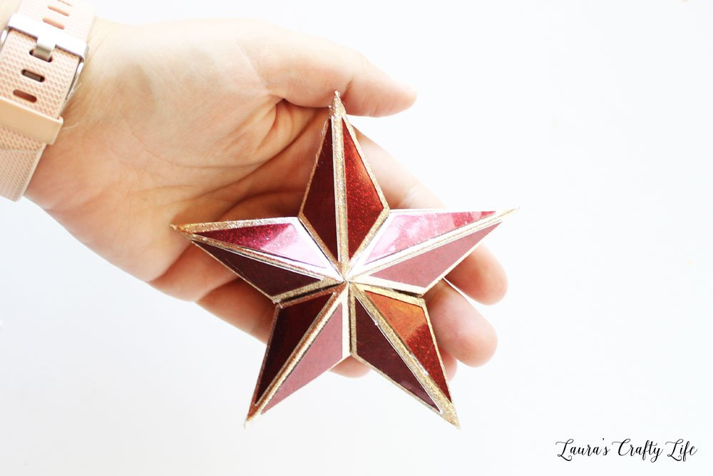 Make a 3D paper star with sparkle paper