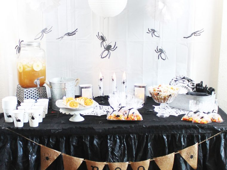 Spider Halloween Party with Cricut Maker #laurascraftylife #Cricut #Halloween #spider