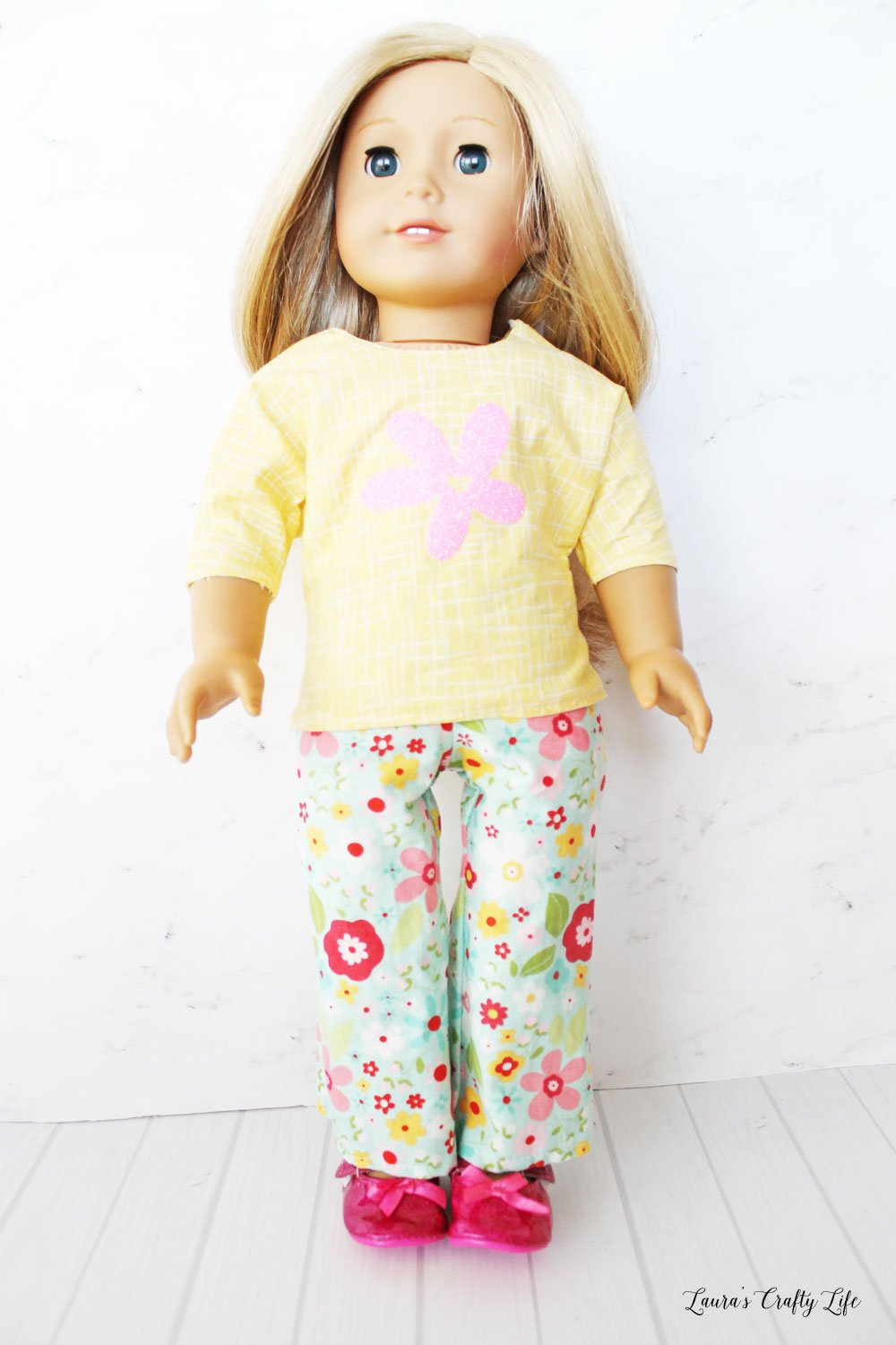 Make an outfit for an American Girl doll using the Cricut Maker