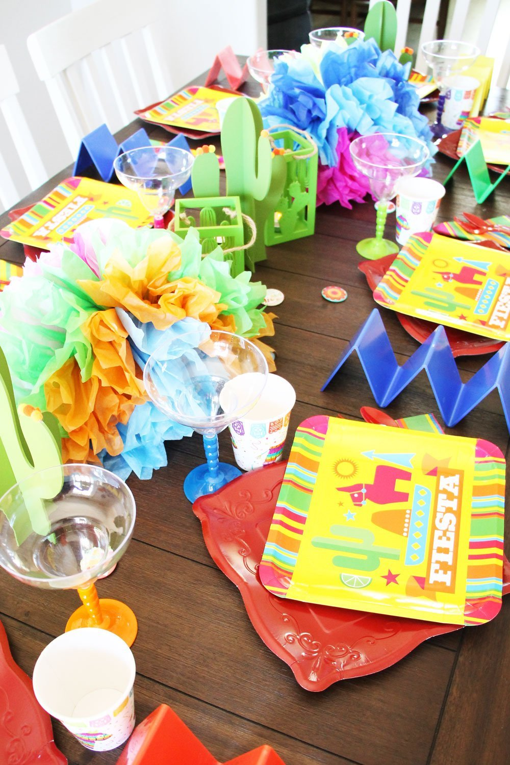 Fiesta Taco Party tablescape ideas