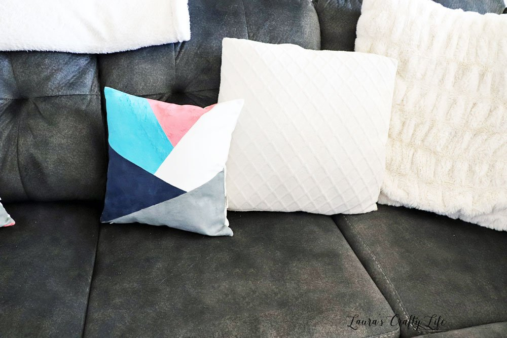 Color block pillow with soft fabric ink