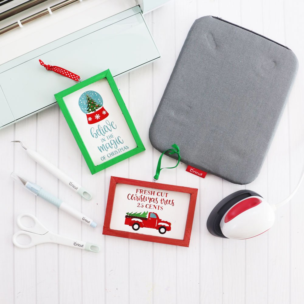 Mini Christmas Signs - Cricut EasyPress Mini