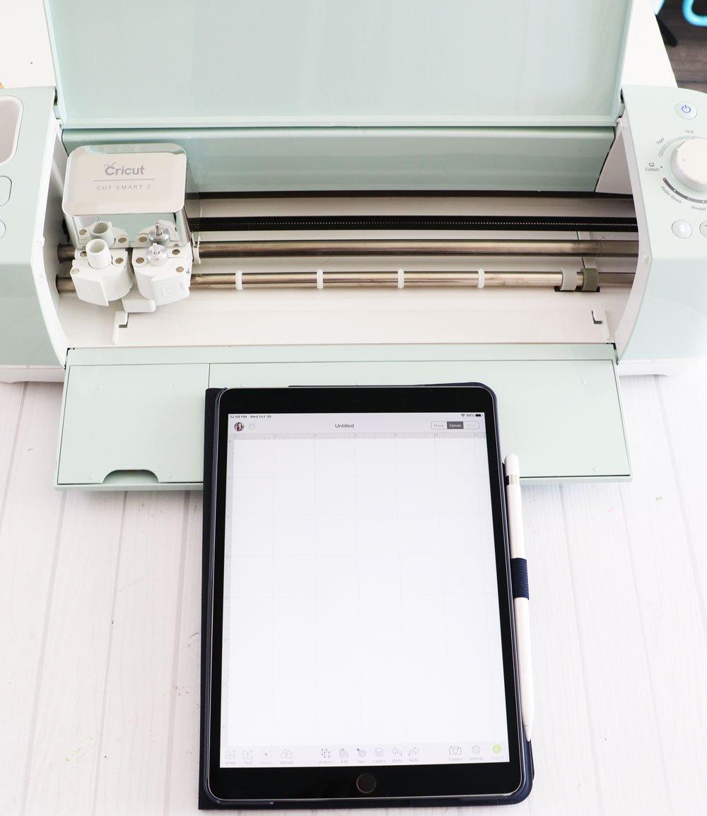 iPad and Cricut Explore Air 2