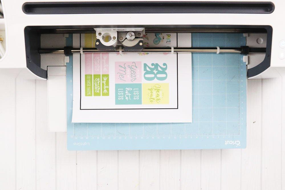 Cut stickers with Cricut Maker