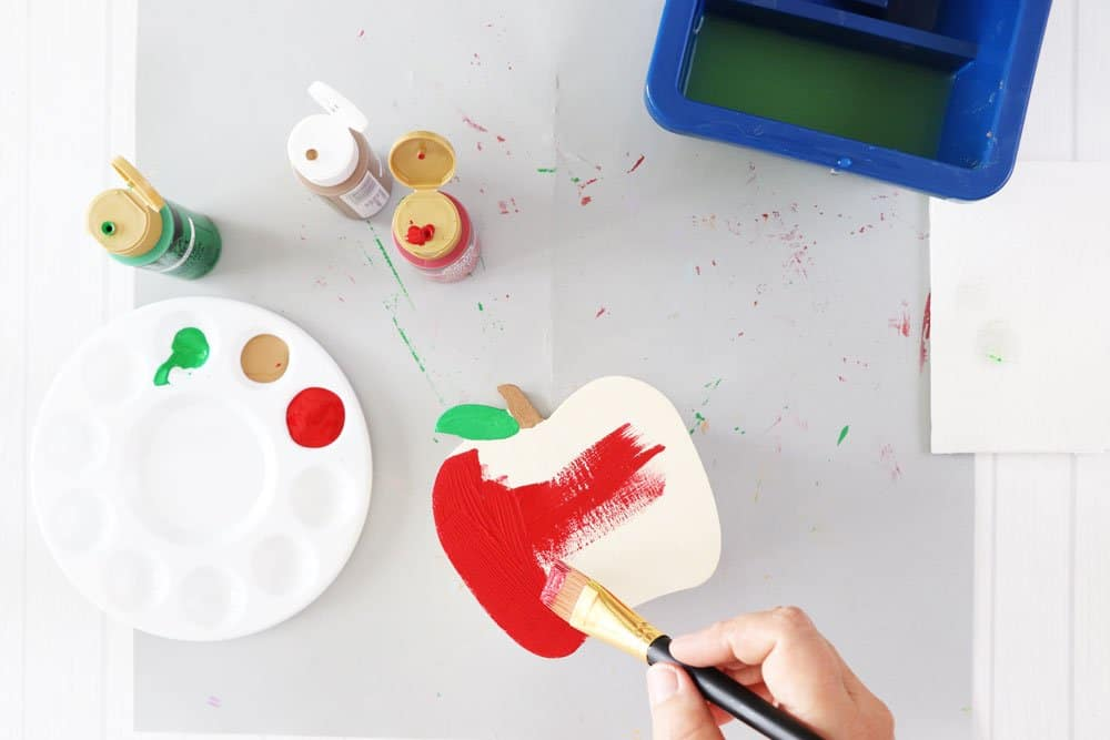 paint wooden apple