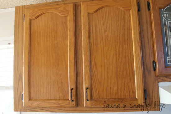Degreasing Kitchen Cupboard Doors