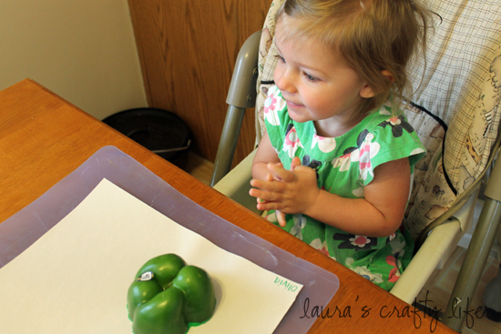 Olivia stamping green pepper