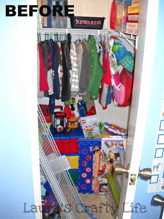 Kid's closet BEFORE
