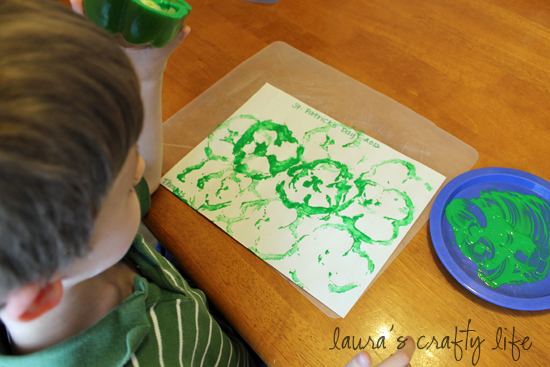 use green paint to stamp green peppers